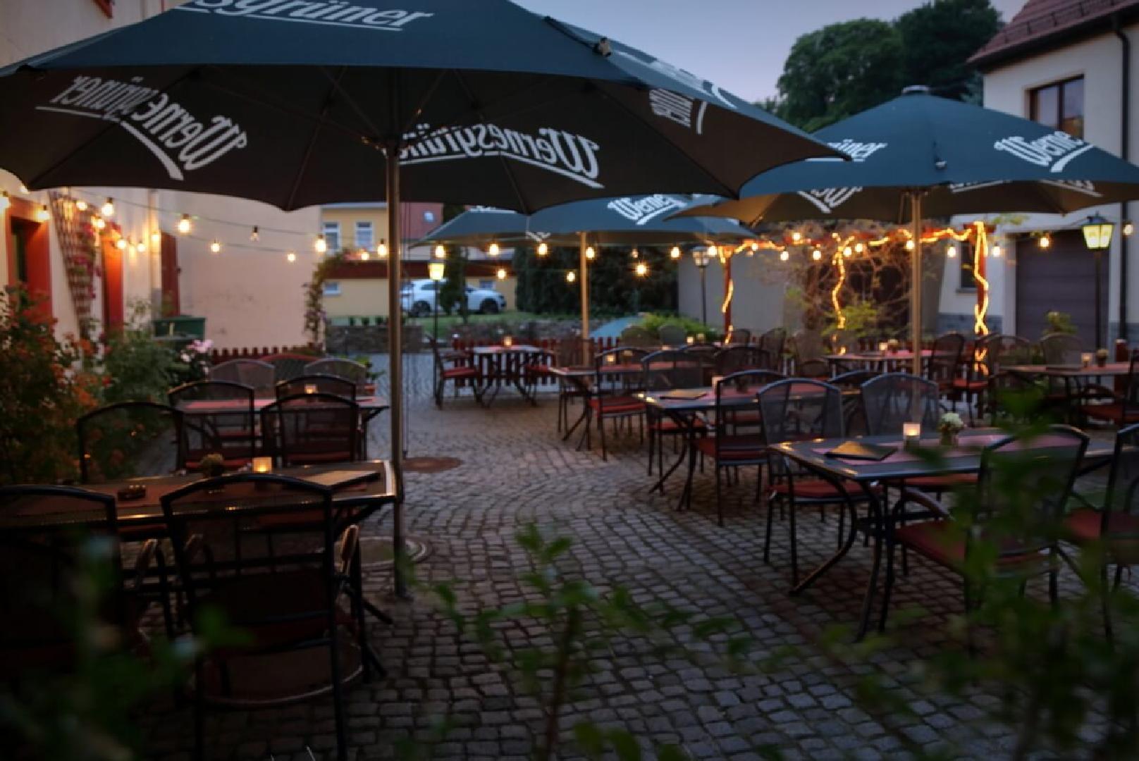 """Bild 3 von Gasthof und Hotel """"Roter Hirsch"""""""