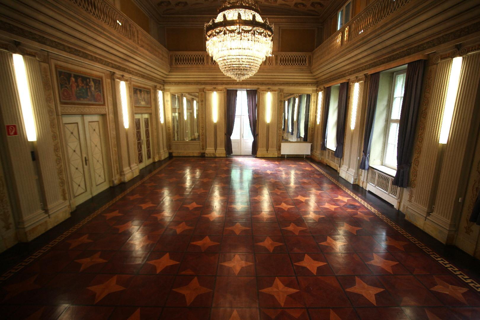 Villa1910 - Schloss-Saal mit Bankett