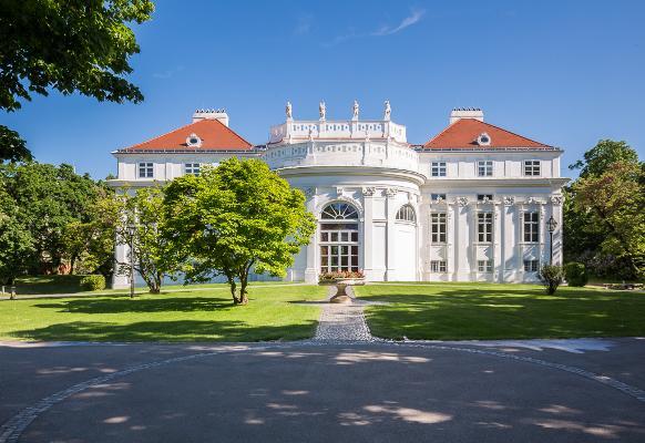 Palais Schönburg. Ihre Residenz für Events mit 15.000m² Parkanlage in Zentrumsnähe