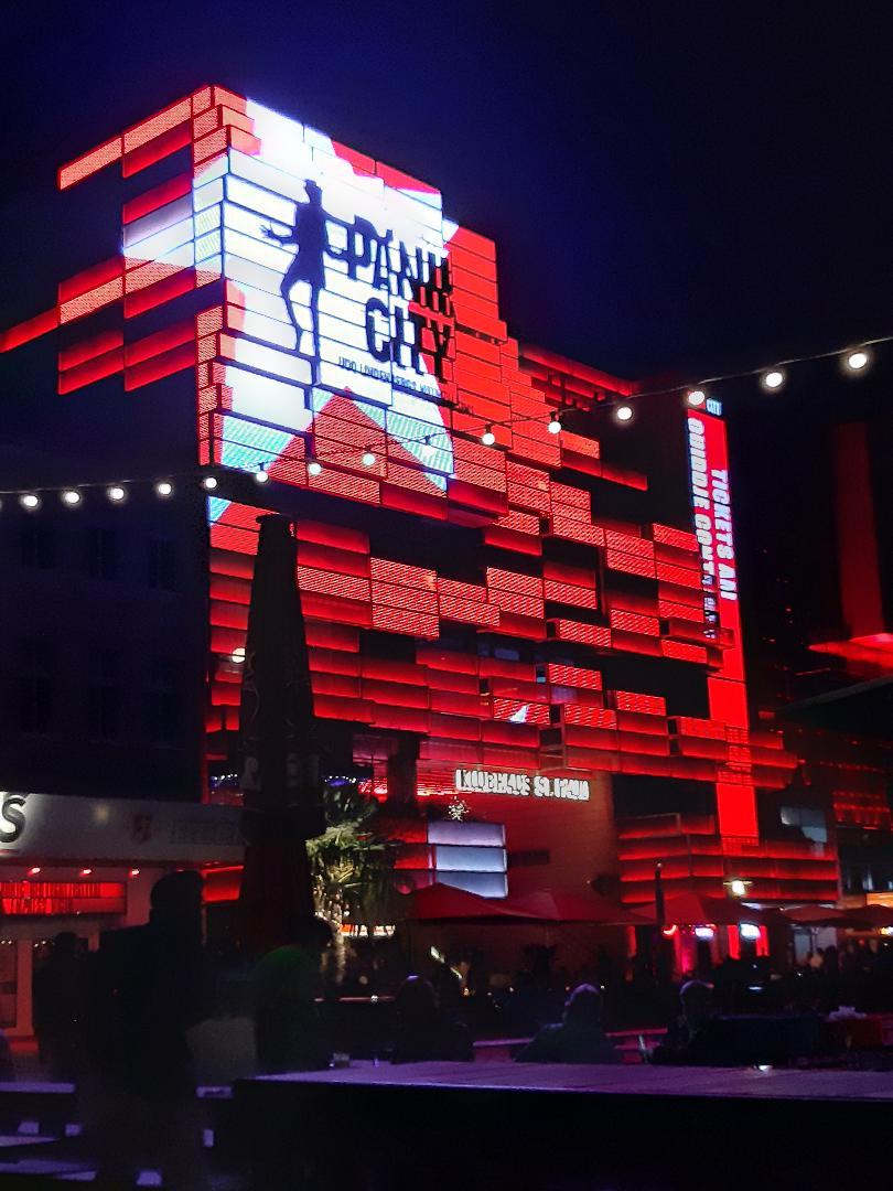 Picture 2 of Multimediale Erlebnislocation mit Likörelle Bar auf der Hamburger Reeperbahn