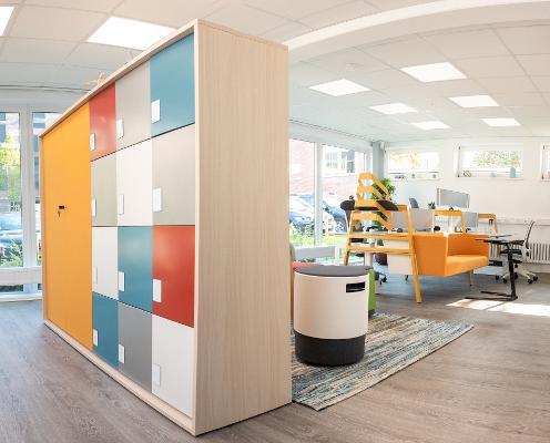 Bild 1 von modern workplace office