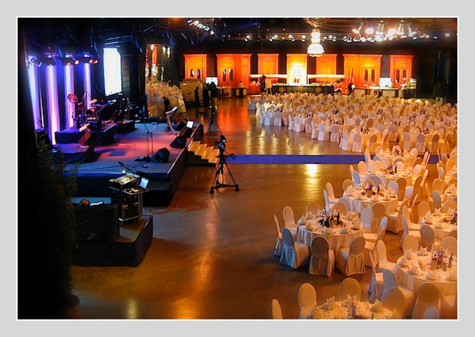 Multifunktionshalle In Braunschweig Club Restaurant