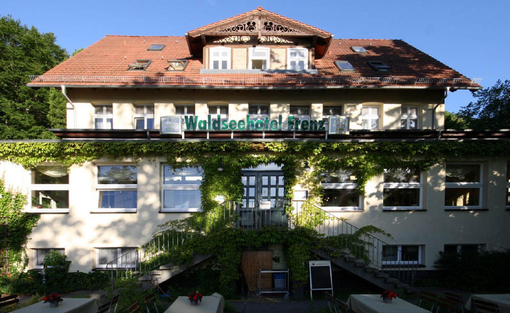 Picture 1 of Saal im Waldseehotel Frenz