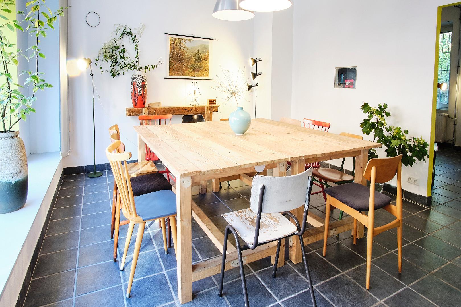 Picture 1 of Stilvoller Raum in Dänischem Vintage-Stil zum Mieten