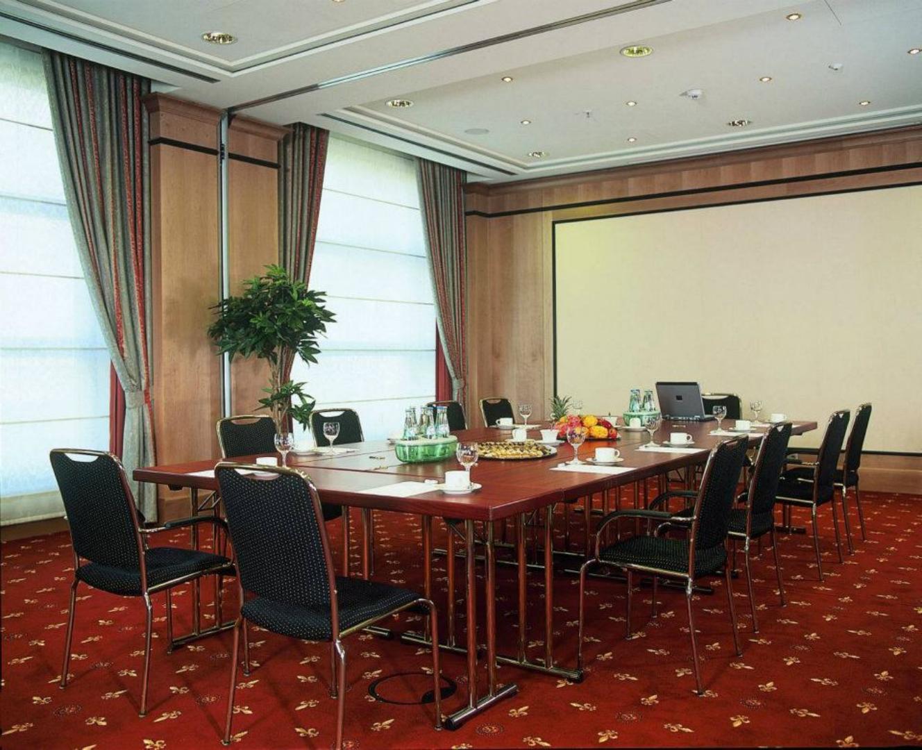 Picture 1 of Salon 12, 13, 14 & 15 - Paris