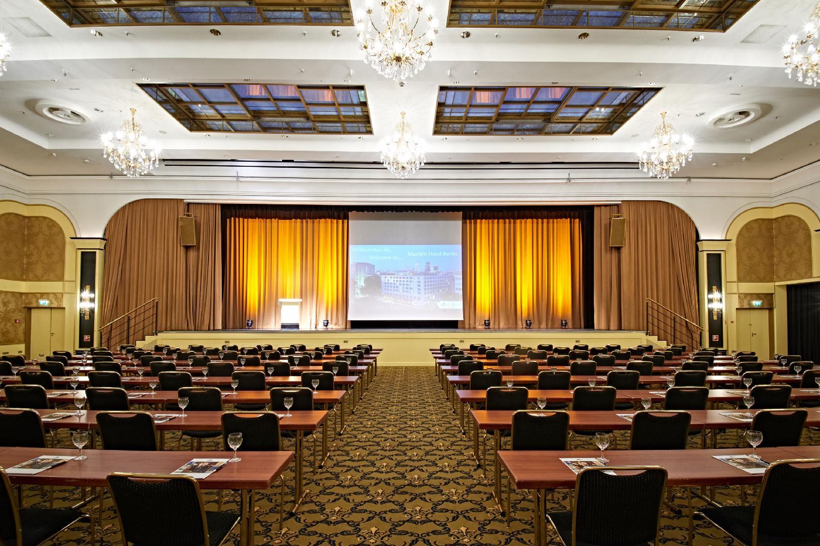 Bild 1 von Saal Berlin (Sektion A mit Bühne)