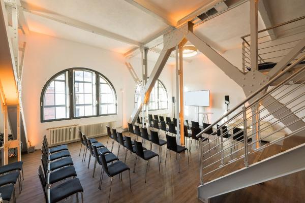Palais Loft with theater seating for 40 people