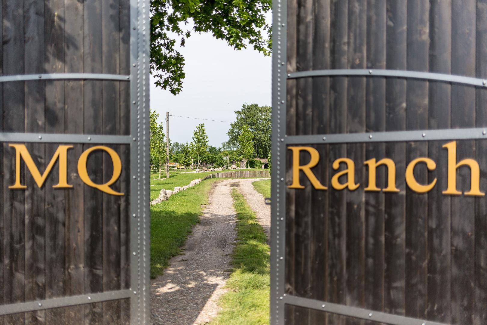 Bild 2 von MQ Ranch