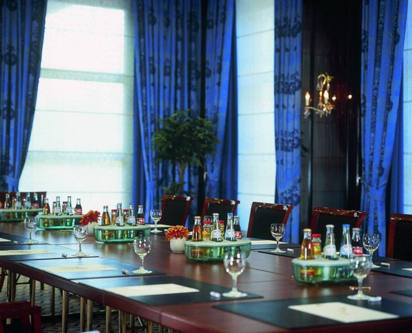 Bild 2 von Salon 11 - Madrid