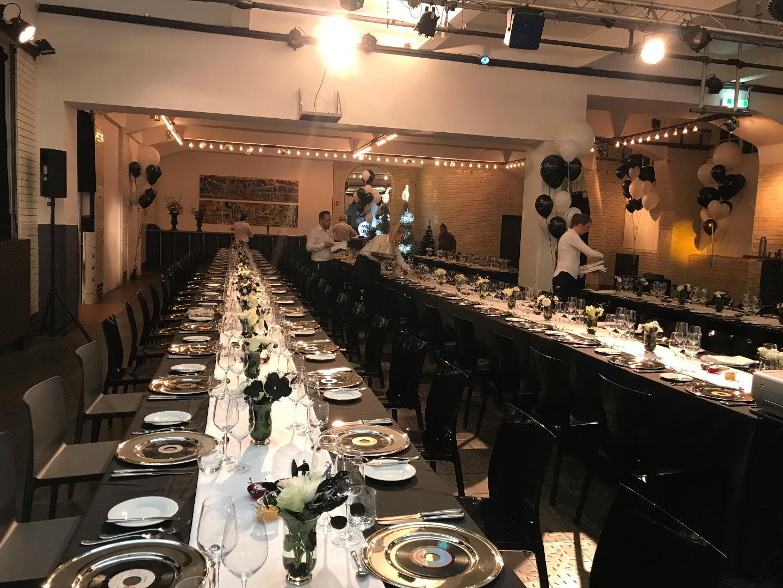 hpz stiftung feiern im weltkunstzimmer galerie eventlocation lounge loft club. Black Bedroom Furniture Sets. Home Design Ideas
