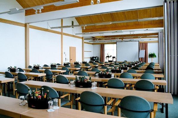 Bild 2 von Räume im Country Park Hotel Leipzig-Brehna