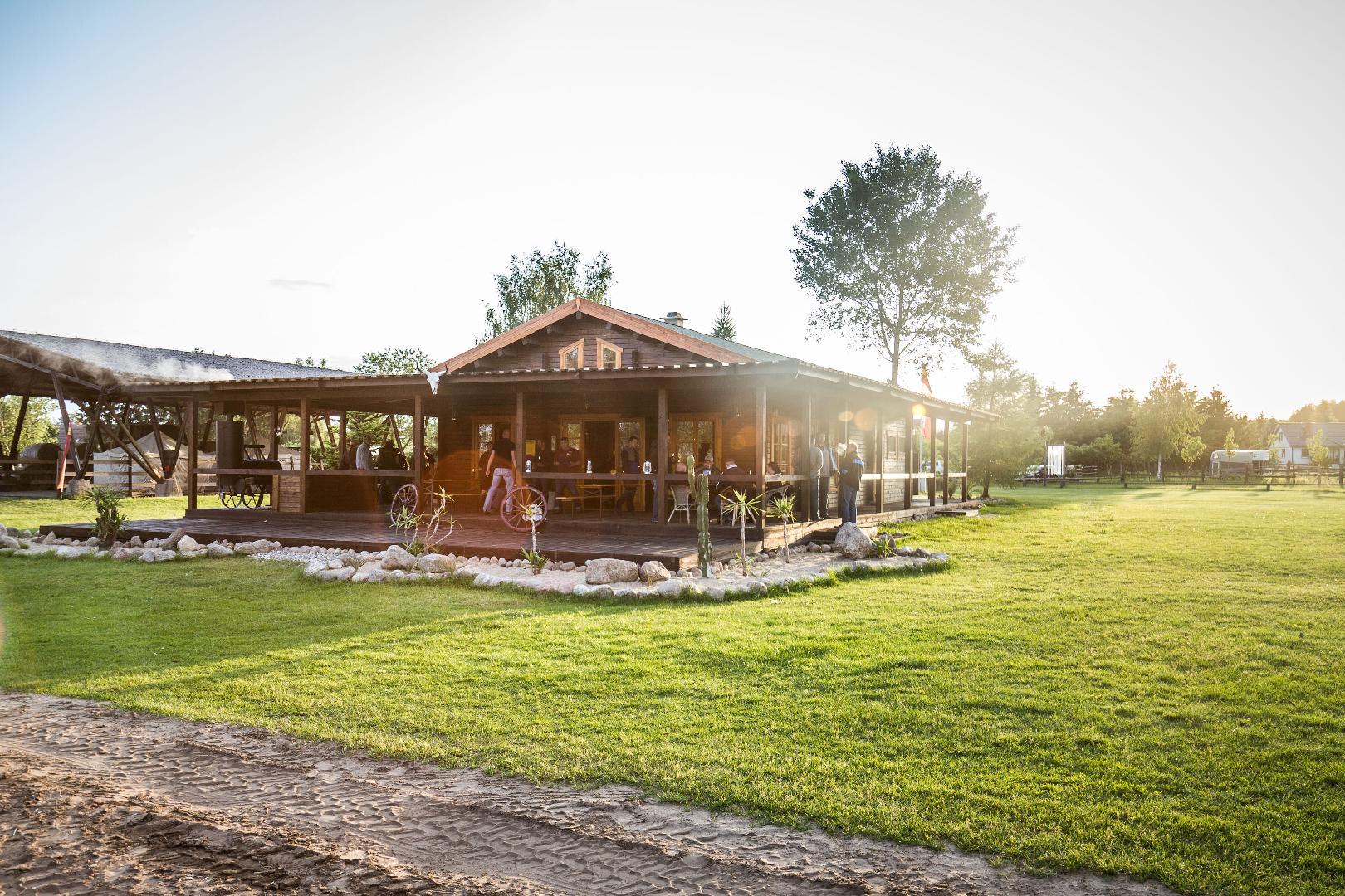 Bild 1 von MQ Ranch