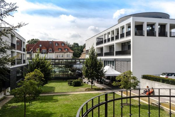 Bild 1 von Glasfoyer & Schillersaal