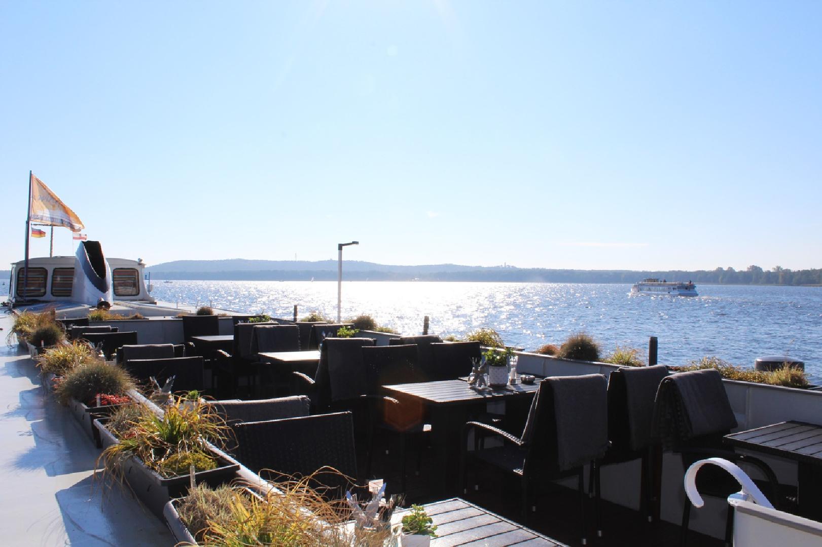 Bild 1 von Restaurantschiff