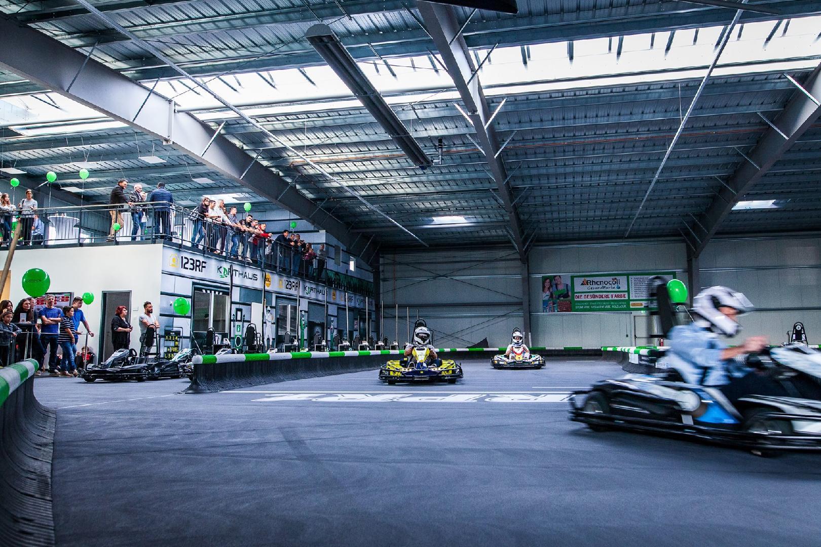 Bild 1 von Raceway fast speed im Karthaus  Zweibrücken !